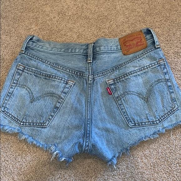 Levi's Pants - Levi's high waisted denim shorts